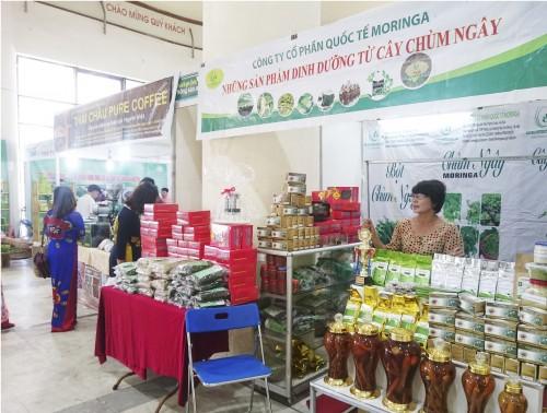 Gần 100 gian hàng tham gia Phiên chợ nông sản, thực phẩm an toàn