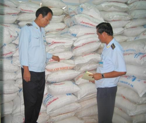 TP. HCM: Tăng cường kiểm tra, xử lý đường nhập lậu