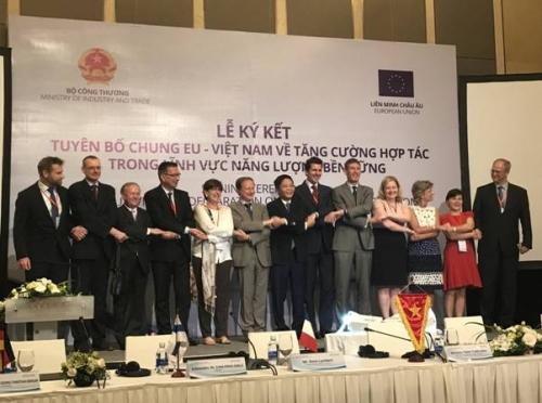 Ra mắt Nhóm Đối tác Năng lượng Việt Nam