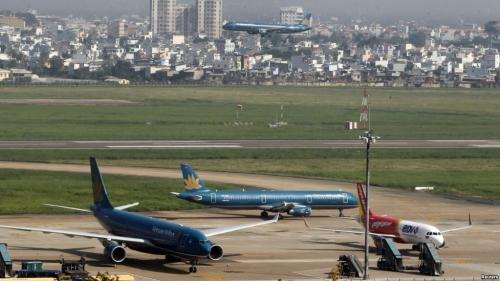 Nhiều công trình bất hợp pháp trong khu đất sân bay Tân Sơn Nhất