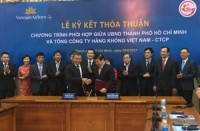 UBND TP.Hồ Chí Minh ký hợp tác với Vietnam Airlines