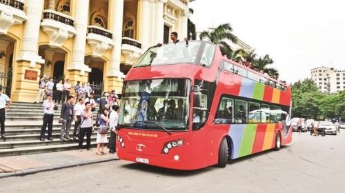 Xe buýt 2 tầng chính thức lăn bánh