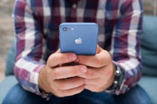 Đây là 3 màu sắc mới sẽ xuất hiện trên iPhone 2018 LCD?