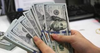 Nhiều ngân hàng tiếp tục tăng giá mua - bán đồng bạc xanh