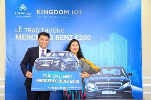 Khách hàng đặt chỗ dự án Kingdom 101 trúng thưởng Mercedes Benz E200