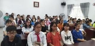 Đà Nẵng: Bồi dưỡng nhân tố văn học, hội họa trẻ