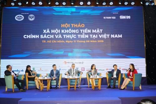 Gần 2 tỷ USD doanh thu của Vietjet là không dùng tiền mặt