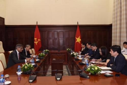 BIS mong muốn tăng cường hợp tác với các ngân hàng Việt Nam