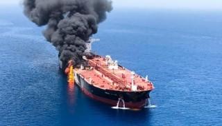 Giá dầu thế giới lại đứng trước một cú sốc mới