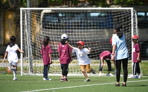 SHB và Manchester City tổ chức ngày hội bóng đá cho các em nhỏ làng SOS