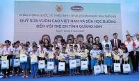 Vinamilk tặng quà 1/6 đặc biệt đến với trẻ em Quảng Nam