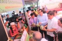 Chợ phiên Nông sản cuối tuần lần đầu tiên được tổ chức tại Hà Nội