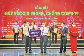 Ngành Ngân hàng chung tay ủng hộ Quỹ vắc-xin phòng, chống Covid-19