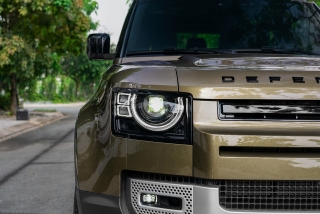 Land Rover Defender 90 phiên bản 3 cửa đã có mặt tại Việt Nam