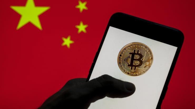 trung quoc chan cac tai khoan mang xa hoi lien quan den bitcoin