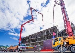 Bất chấp COVID-19, Đất Xanh Miền Trung liên tục cất nóc dự án nhà ở hạng sang