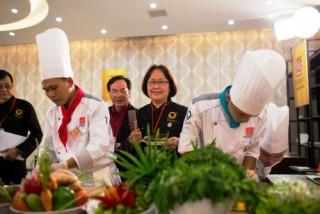 69 đầu bếp tham gia cuộc thi Chiếc thìa vàng năm 2015