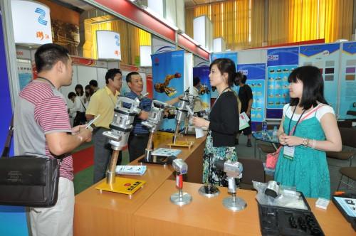 Gần 100 DN tham gia Hội chợ Hàng Xuất khẩu Chiết Giang tại Hà Nội