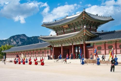 Hàn Quốc mở rộng đối tượng xét cấp thị thực