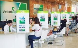 Vietcombank giảm lãi suất cho vay bằng VND