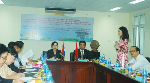 Công đoàn Ngân hàng Lào làm việc với NHNN Đà Nẵng