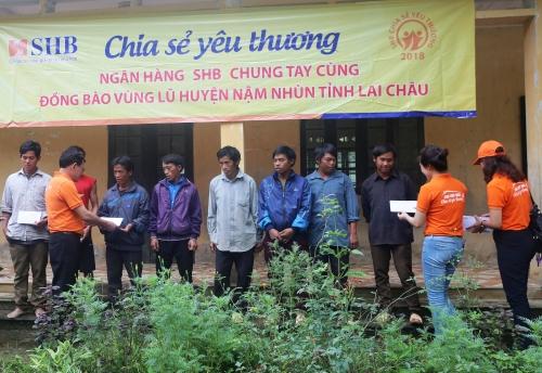 SHB chung tay ủng hộ người dân vùng lũ