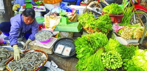 Chuyển đổi mô hình chợ truyền thống: Cần cơ chế thu hút doanh nghiệp