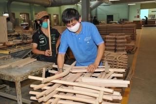 Để doanh nghiệp gỗ không chịu thiệt