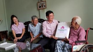 NHCSXH Quảng Bình thăm hỏi, động viên 19 Mẹ Việt Nam Anh hùng