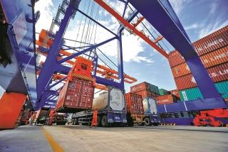 Chi phí logistics tăng cao, doanh nghiệp xuất khẩu đau đầu