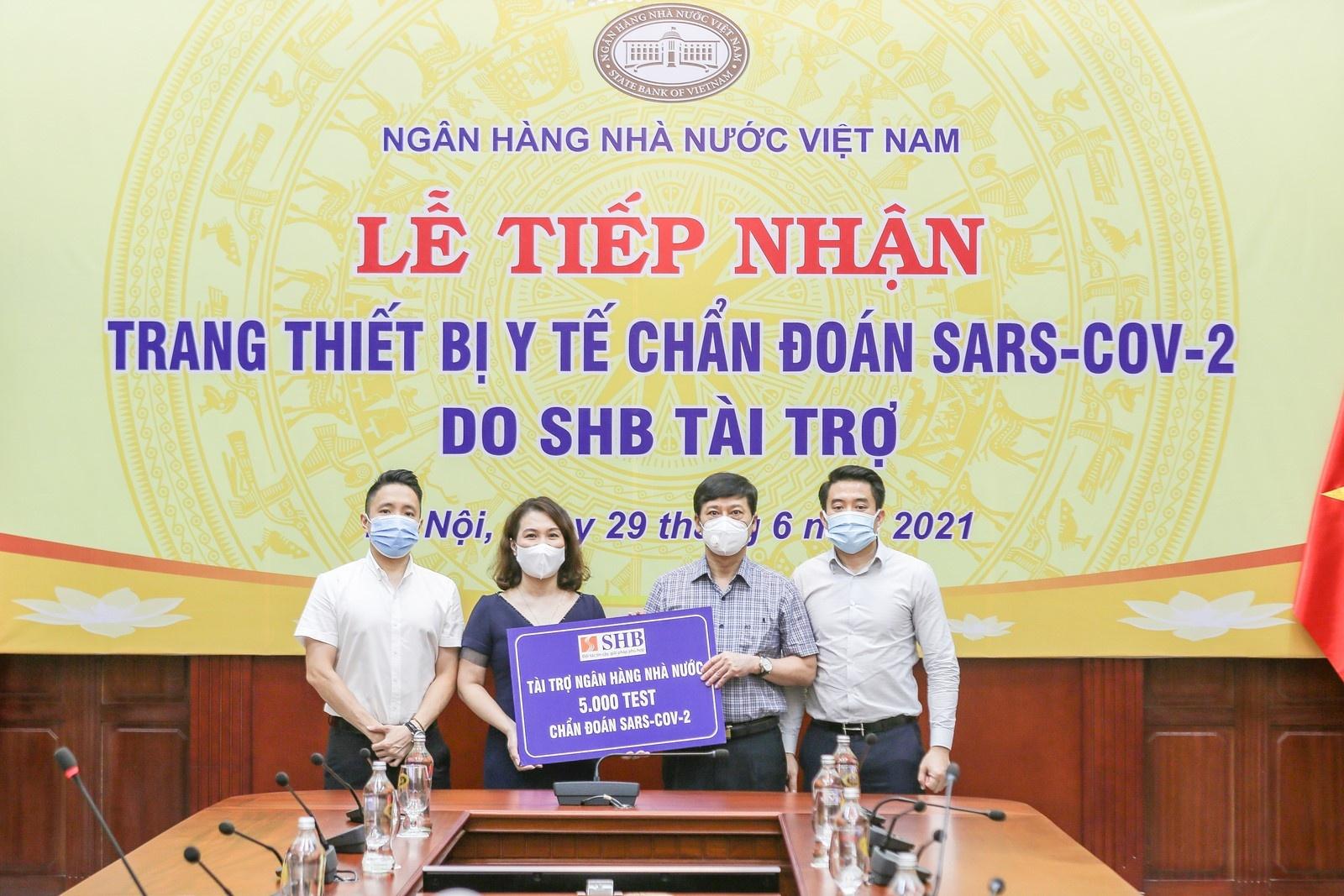 shb tang kit xet nghiem nhanh covid 19 cho khach hang doi tac can bo nhan vien va cong dong