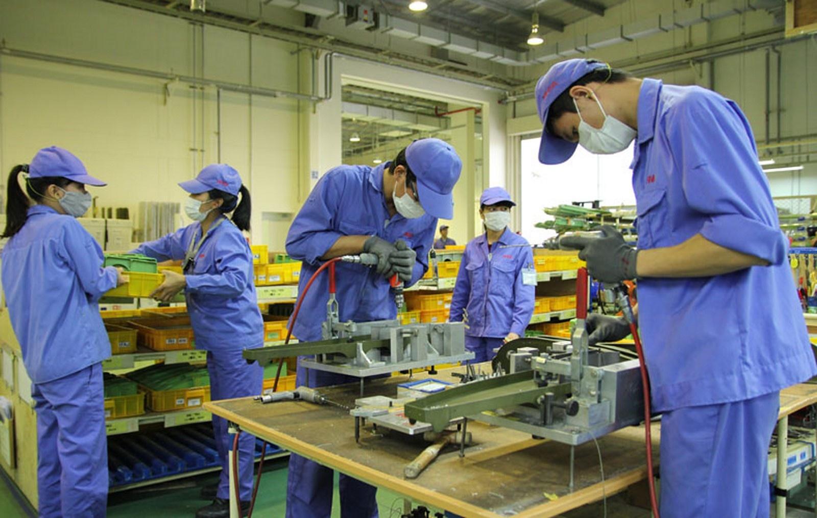 Tiếp sức cho người lao động và doanh nghiệp