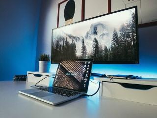Loạt phụ kiện laptop hỗ trợ làm việc tại nhà