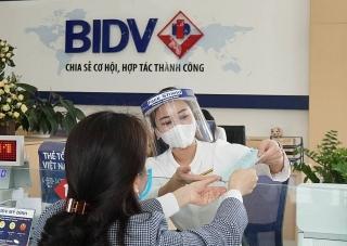 BIDV tiếp tục giảm lãi suất cho vay hỗ trợ khách hàngchịu ảnh hưởng của dịch COVID-19