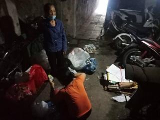 Xóm trọ nghèo chật vật trong mùa dịch