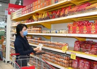 TP.HCM: Thiếu hụt lớn trứng và rau củ