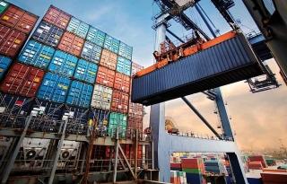 Khi nào giá cước container đảo chiều?