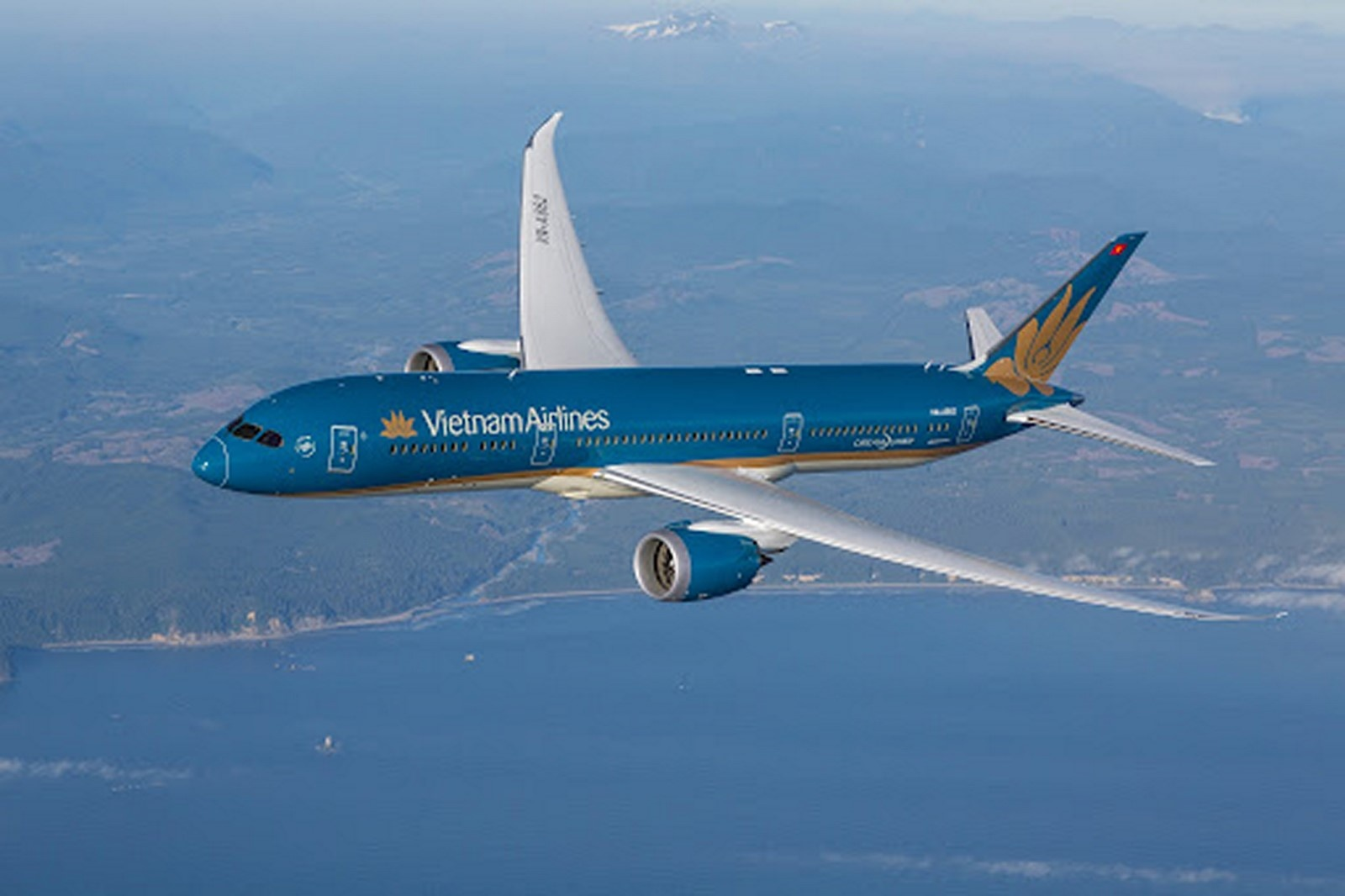 vietnam airlines cat canh trong mua dich