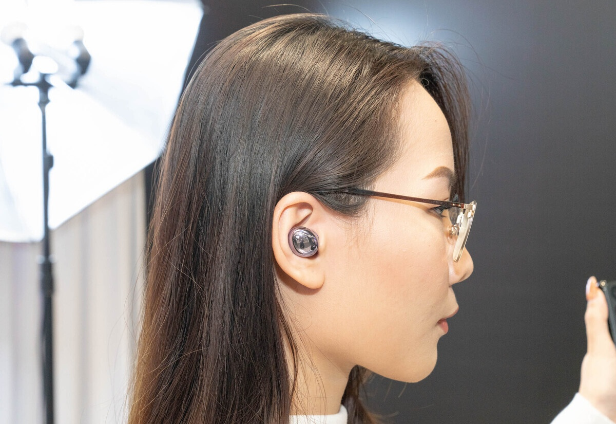 4 tai nghe true wireless chong on chu dong gia tot