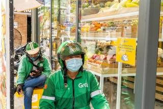 Grab Việt Nam hỗ trợ đối tác tài xế trong đại dịch COVID-19