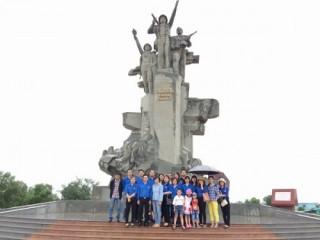 Đoàn thanh niên Vụ Thanh toán: Tri ân các anh hùng liệt sỹ