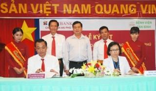 Agribank chi nhánh An Phú ký kết hợp tác với Bệnh viện quận Tân Bình