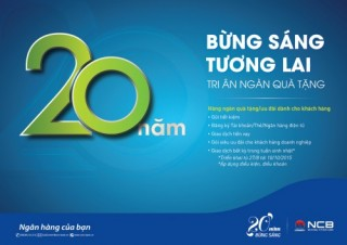 NCB tặng quà cho khách hàng nhân kỷ niệm 20 năm thành lập