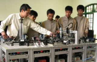 Tín hiệu mừng trong định hướng vào đời của các bạn trẻ Việt Nam