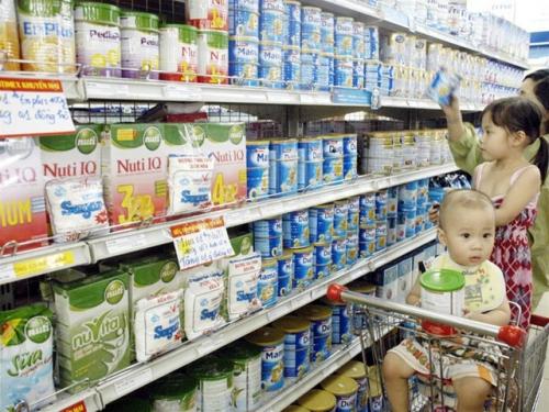 Quản lý giá sữa: DN tự quyết giá, người tiêu dùng vẫn hưởng lợi