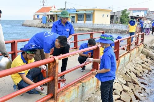 PNJ chung tay làm sạch môi trường