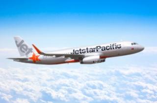 Jetstar Pacific trả 300 triệu đồng du khách quên trên máy bay