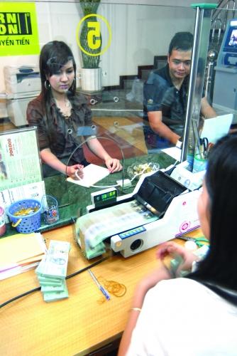 Giảm giá thông tin tín dụng: Hiệu ứng lan tỏa tới mọi đối tượng