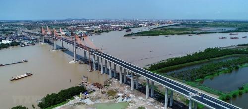 Thêm cú huých cho bất động sản Quảng Ninh