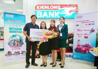 Kienlongbank trao giải cho 90 khách hàng may mắn trúng thưởng